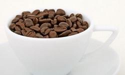Кофе и энергетические напитки замедляют развитие мозга у подростков