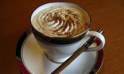 Шоколадный кофе с пенкой чили