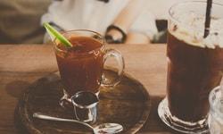 Почему в жару пьют горячий чай?