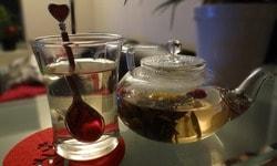Травяной чай с успокаивающим эффектом