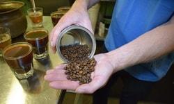 Безделушки из старых кофейных зёрен